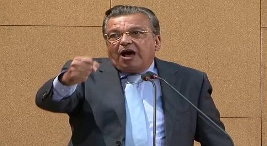 Deputado Targino Machado critica novo pedido de empréstimo do Governo à ALBA