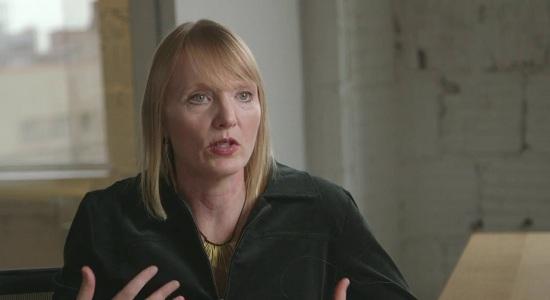 Betsy Reed editora chefe do Intercept se diz assustada e rebate Bolsonaro