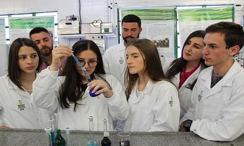 Experimento de alunos de SC será testado no espaço por astronautas da Nasa