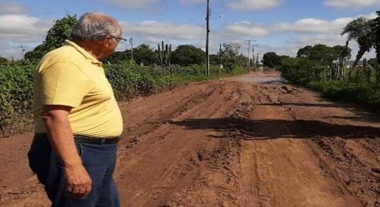 Recuperação da estrada de Lagoa Grande começou neste domingo