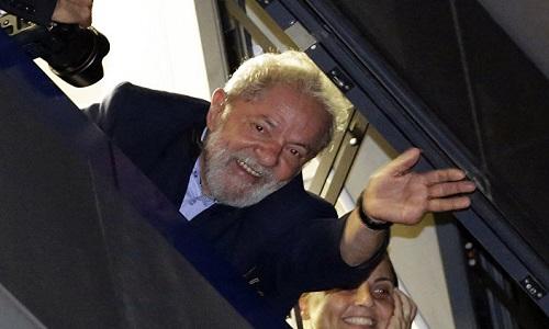Transferência de Lula para São Paulo é autorizada pela Justiça