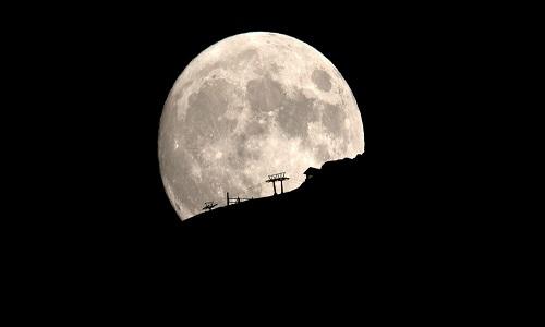 NASA exibe fotos impressionantes de Lua se tornando mais brilhante que Sol