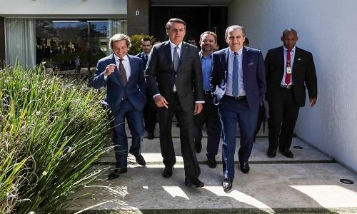 Ingerência de Bolsonaro fere governança de Petrobras e BB, dizem especialistas