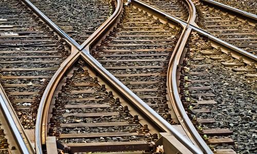 Índios e caminhoneiros brigam na Justiça contra ferrogrão
