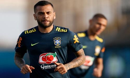 São Paulo anuncia a contratação do lateral Daniel Alves