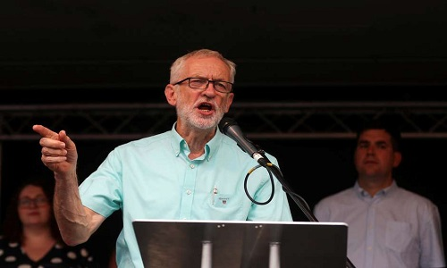 Partido Trabalhista britânico promete derrubar Johnson e liderar governo provisório