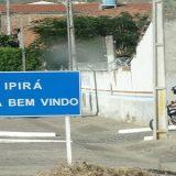 Homem morre em acidente de moto após esfaquear mulher em Ipirá.