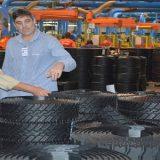 Prefeito Colbef visita Vipal Borracha, maior reformadora de pneus da América Latina