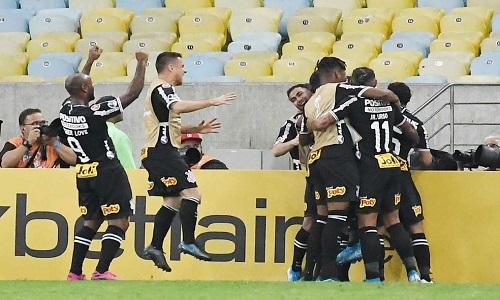 Corinthians chega à semi da Sul-Americana pela 1ª vez