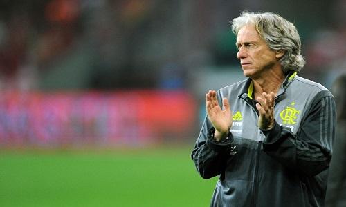 """Jorge Jesus discorda de Renato Gaúcho: """"Melhor futebol é o do Flamengo"""""""