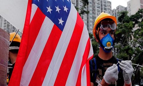 China diz aos EUA que não metam o nariz nos assuntos de Hong Kong