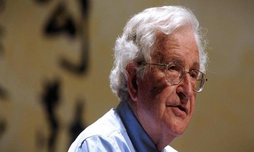 """Chomsky: """"Moro estava envolvido em esforços corruptos para tentar garantir a prisão de Lula"""""""