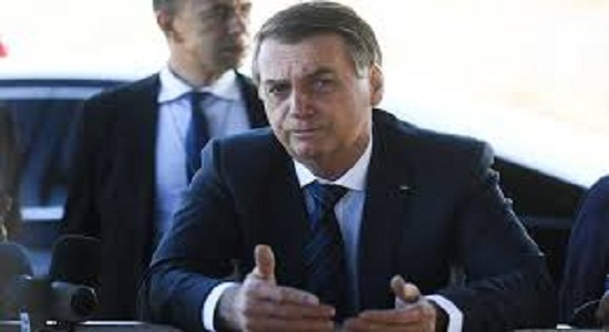 Fala de Bolsonaro sobre cocô repercute na França
