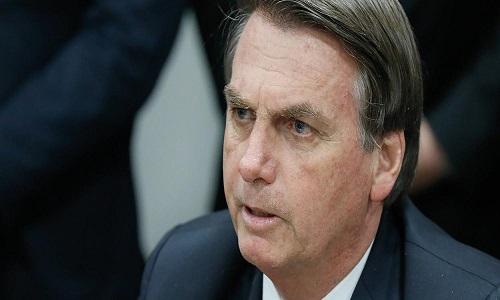 Após ser criticado, Bolsonaro pede que seguidores apaguem comentários do Facebook