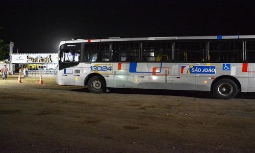 Saída de ônibus do Parque de Exposição a cada meia hora