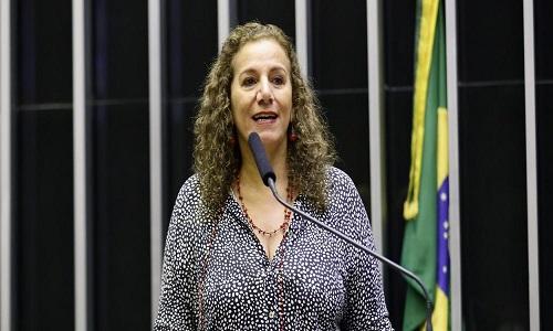 """Jandira manda Eduardo Bolsonaro """"lavar a boca para falar do PCdoB"""""""