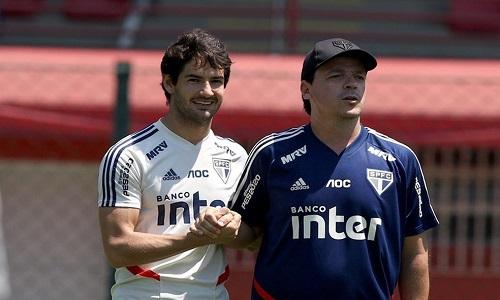 Fernando Diniz terá só quatro semanas cheias no São Paulo até fim do ano