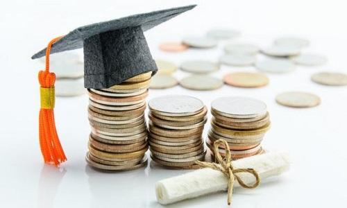 Segundo estudos, cobrança em universidades federais poderia gerar R$ 3,4 bi ao ano