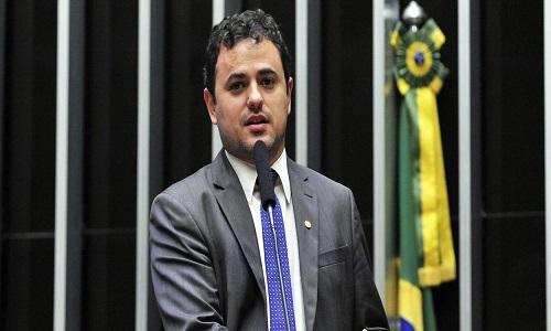 """Glauber Braga: """"reafirmo o dito: Sergio Moro é um juiz ladrão"""""""