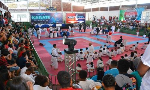 300 atletas disputam Copa Feira de Santana de Karatê