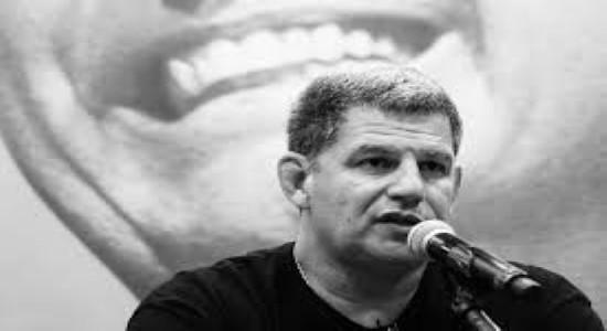 """Ex-ministro de Bolsonaro pergunta: """"Vai governar como?"""""""