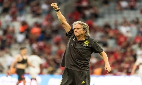 """Jesus: """"Não vim preparado para jogar contra o árbitro"""""""