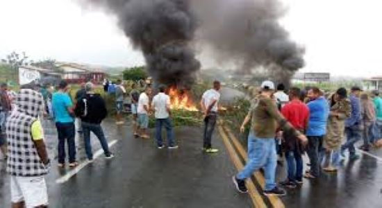 Com a proibição de transporte clandestino a cidade de Feira entra em colapso/ Por Sérgio Jones*