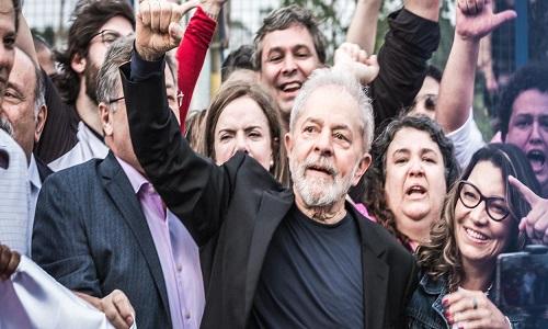 Pesquisa do Atlas Político mostra tendências positivas para Lula