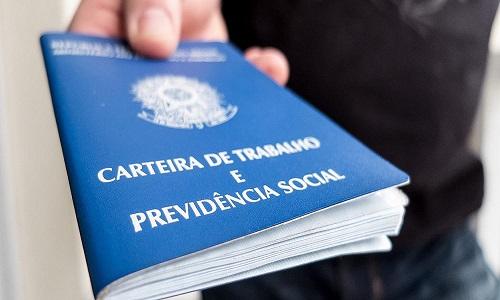 Bolsonaro decide cobrar INSS de quem recebe seguro-desemprego