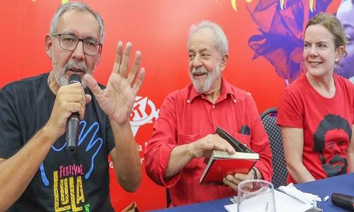 "Leia o prefácio escrito por Lula para o livro ""Lula e a espiritualidade"""