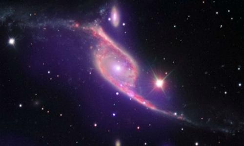 Nova partícula 'fantasma' está mudando nosso Universo, afirma cientista