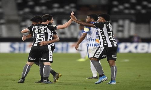 Botafogo vence, mas vai precisar de bem mais para se manter longe do Z-4.