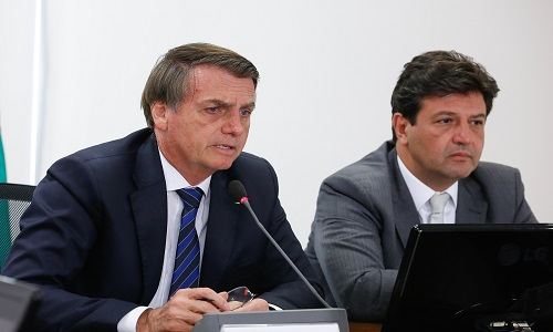 Bolsonaro muda lógica de financiamento a atenção primária no SUS