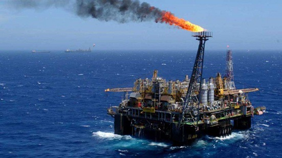 Ministro do TST determina suspensão da greve de petroleiros