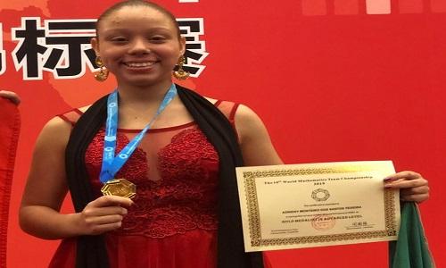 Brasileira ganha ouro em olimpíada de matemática