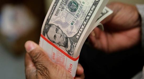 Bolsonaro e Guedes provoca saída recorde de dólares do Brasil