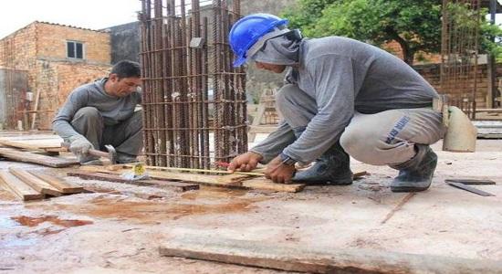 Feira de Santana: governo fomenta irregularidades na construção civil
