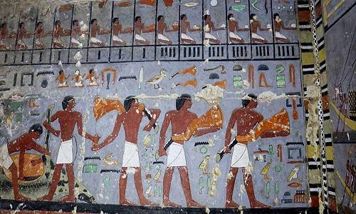 Scanner a infravermelhos revela tatuagens figurativas em múmias do Antigo Egito