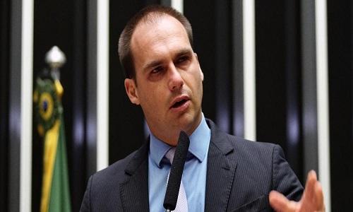 PSL confirma punições a deputados e Eduardo Bolsonaro é suspenso por 12 meses