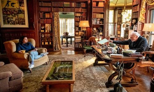Diretor de 'Star Wars' cria história digna dos melhores livros de Agatha Christie.