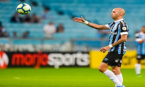 "Grêmio acerta ""valor justo"" a Diego Tardelli e economiza R$ 24 milhões"