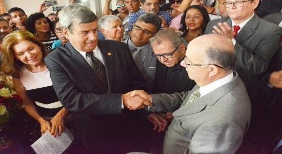Rejeição de Colbert em se filiar ao DEM pode resultar em derrota política/por Carlos Lima