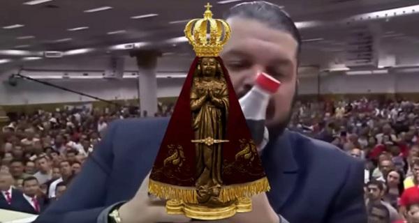 Pastor compara  Nossa Senhora a Coca Cola