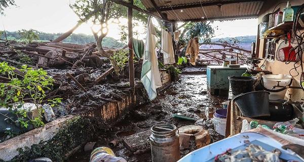 Um ano do desastre em Brumadinho: Paraopeba contaminado e pescadores sem renda