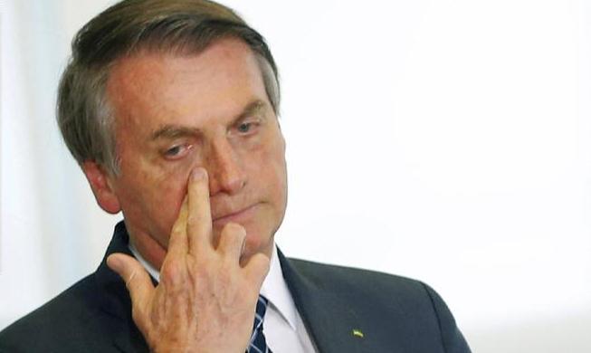 Bolsonaro acelera a destruição da democracia no Brasil, aponta El País