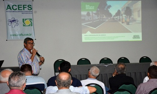 Prefeito apresenta projeto de revitalização do Centro e obras que vão modernizar cidade.