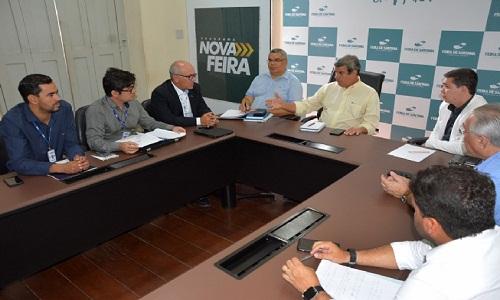 prefeito se reuniu com a diretoria da Embasa para  trata do Convênio de Cooperação entre a Prefeitura e o órgão