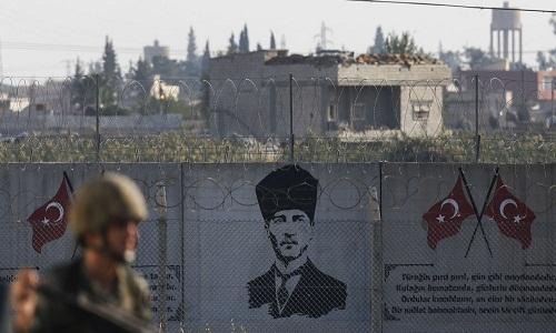 Moscou reage à ameaça da Turquia de realizar operação na Síria