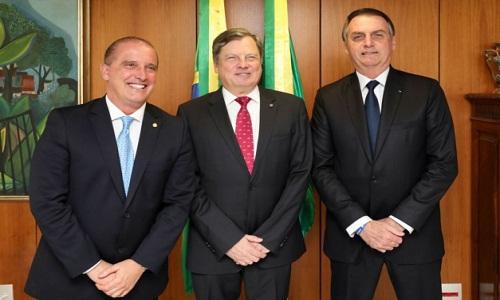 Embaixador brasileiro se diz indignado com atenção da França à morte de Marielle