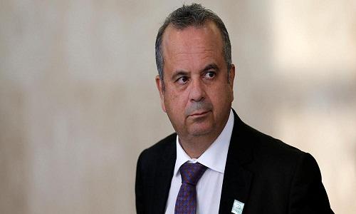 Novo ministro recebeu R$ 189 mil em jetons, fora o salário